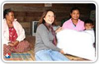 ประมวลภาพโครงการเสื้อผ้าลดโลกร้อน : นำเสื้อผ้าไปมอบที่จังหวัดเชียงราย